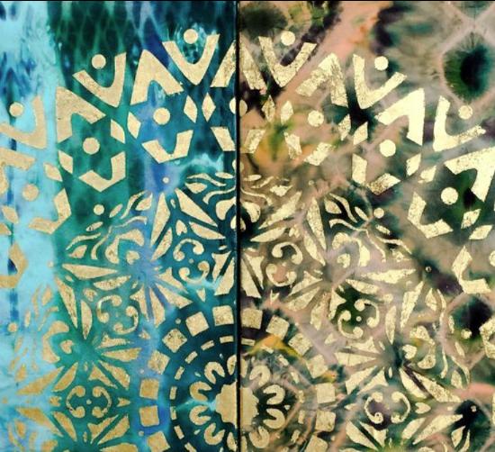 Armonía, calma y energía es lo que transmite estae exquisito Mandala Agua Marina y Oro pintado con Pan de Oro y Seda por Victoria Pardo Artista Plástica.